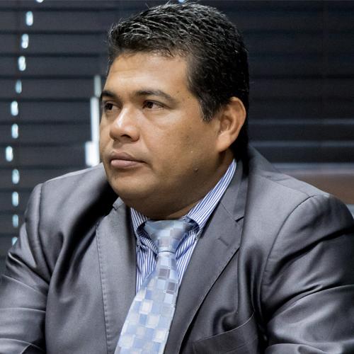 H.R Roberto Garcia