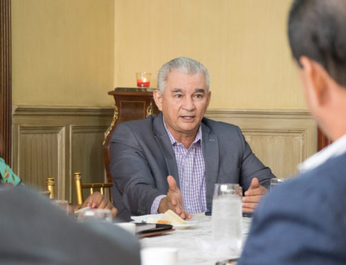 Reunión con el Ministerio de la Presidencia sobre la Constituyente.