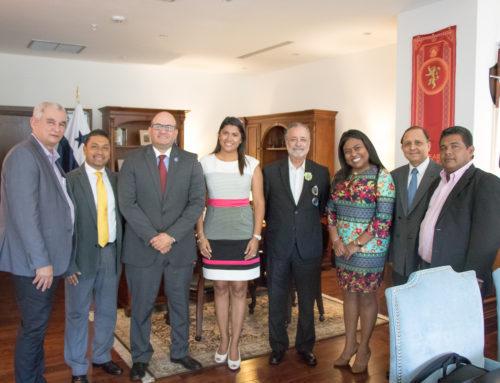 Reunión con Magistrados del Tribunal Electoral